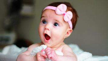 10 Rangkaian Nama Bayi Perempuan Modern Yang Menarik Untuk P